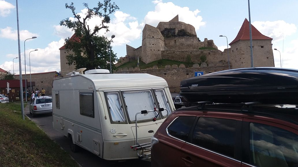 Routes with Caravans in Romania